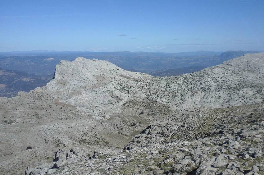escursione-corrasi-supramonte-tore-solinas